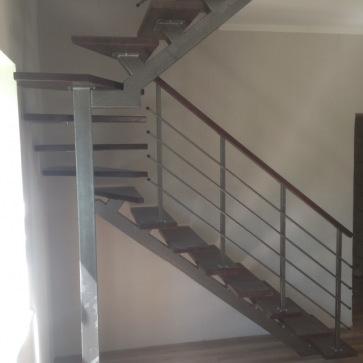 Лестница один косоур