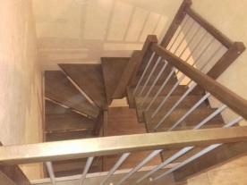 П образная лестница на двух косоурах