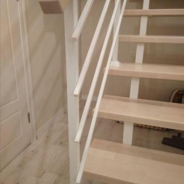 металлическая лестница деревянные ступени