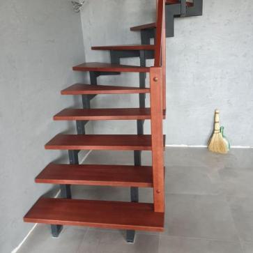 фото холл с лестницей