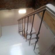Обшивка сходів з майданчиком