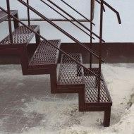 Зовнішні металеві сходи