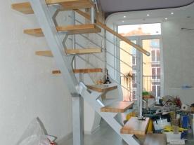 Поворотные ступени лестницы
