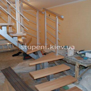 Забежная группа сварной лестницы