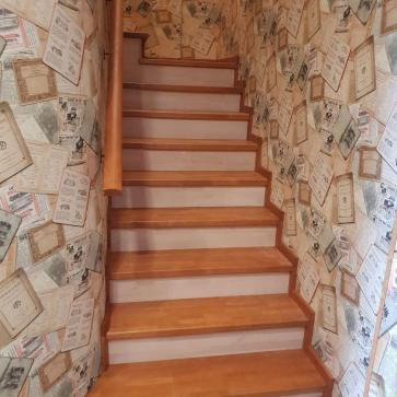 деревянные ступени лестницы фото
