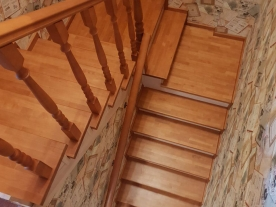 лестницы на второй этаж из дерева