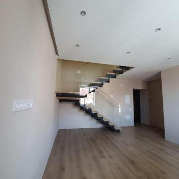 дерев'яні сходи зі склом фото 6