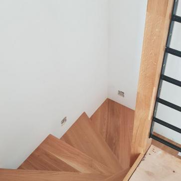 оформление лестницы в частном доме фото