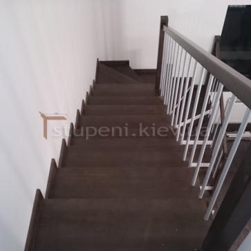 Деревянная лестница. Венге.