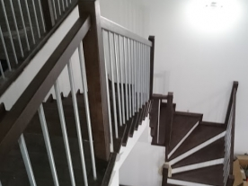 Двухмаршевая лестница венге