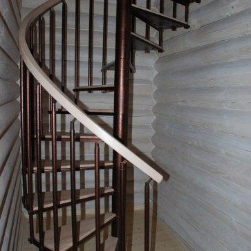 Сборная винтовая лестница