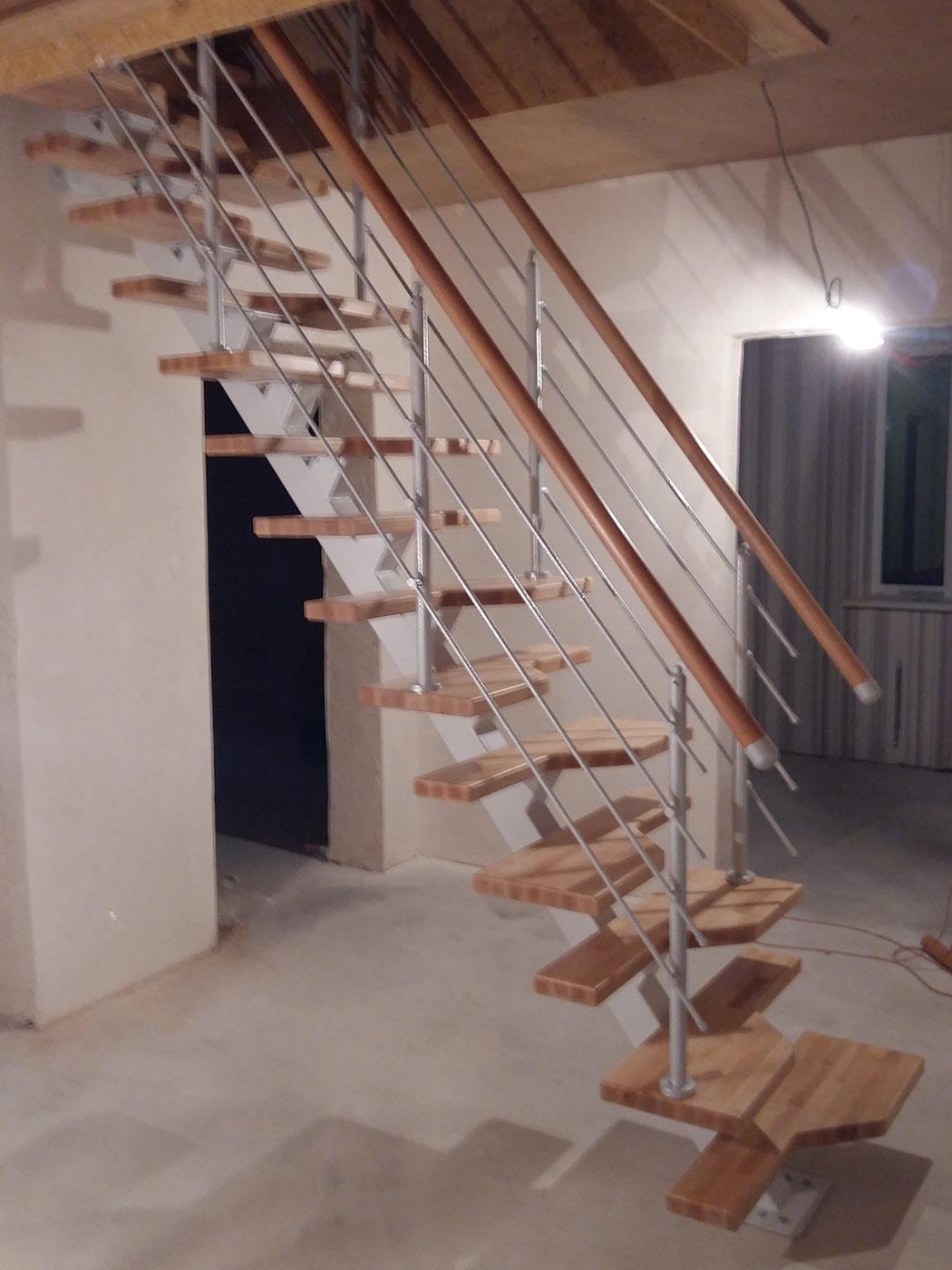Лестница своими руками из метала на одном косоуре фото 565