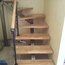 лестница на открытом меткаркасе