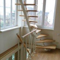 Забежные ступени открытой лестницы
