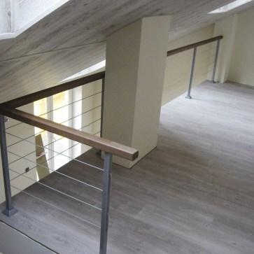 Стойки с тросом ограждение балкона