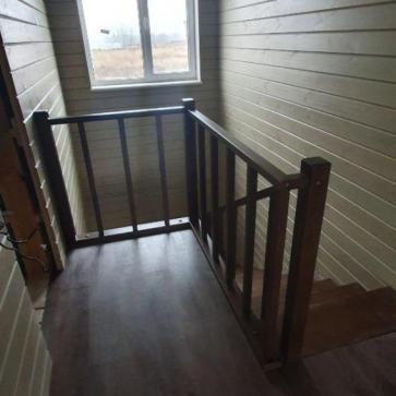 lestnica na mansardu s verandy foto10