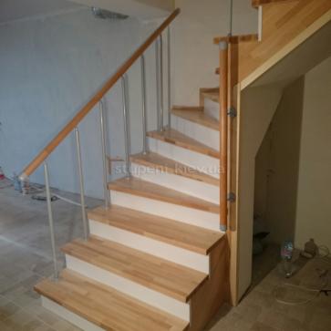 Лестница в подвал обшита буком