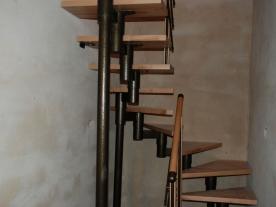 П образная модульная лестница