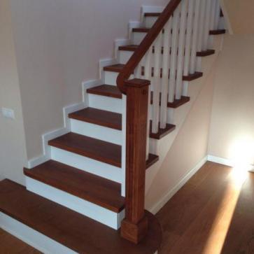 Пригласительная ступень лестницы