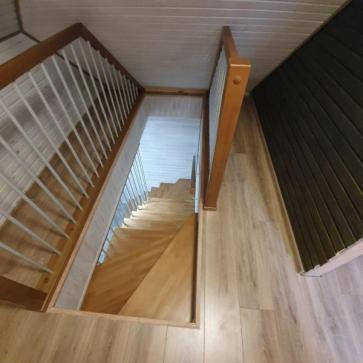 Ограждения проема лестницы