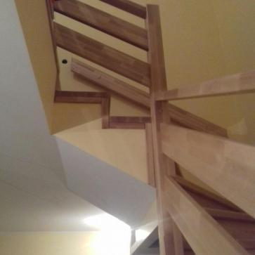 Ограждения лестницы из бука