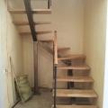П образная лестница на одном косоуре