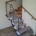 Поворотная лестница на двух косоурах