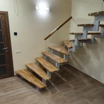 стеклянная лестница в доме фото 11