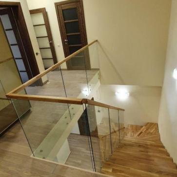 стеклянная лестница в доме фото 2