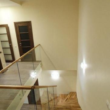 стеклянная лестница в доме фото 3