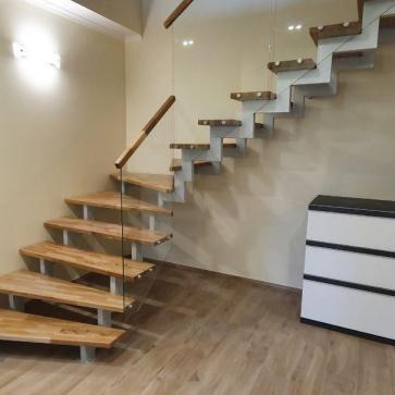 стеклянная лестница в доме фото 9