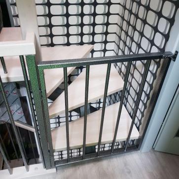 поворотная лестница с калиткой