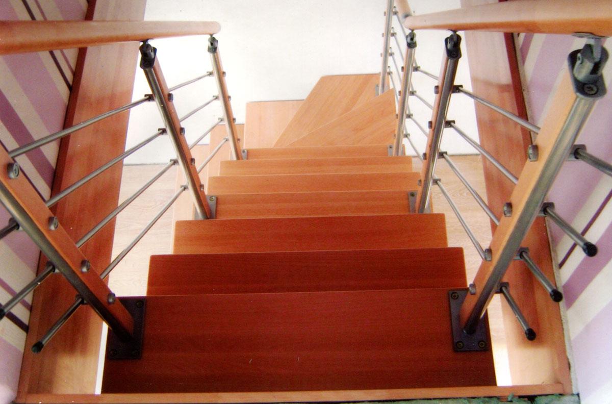 Модульная лестница - лакированный бук