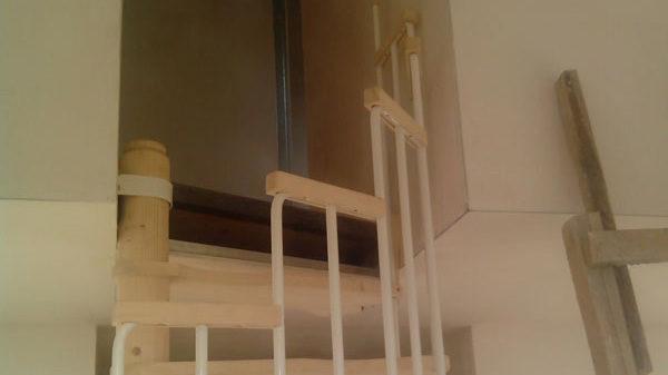 Винтовая лестница Mercury 140, сосна