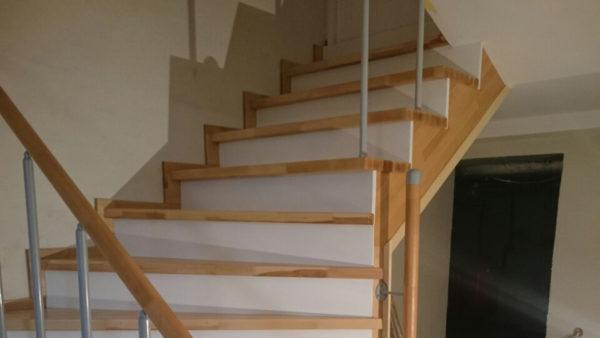 Обшивка бетонной лестницы в подвал дома